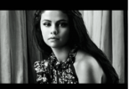 Selena Gomez announces the news of the launch of a new cosmetic line